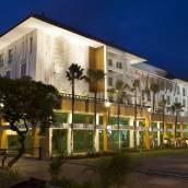 巴厘島庫塔明星酒店