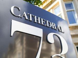 大教堂73酒店