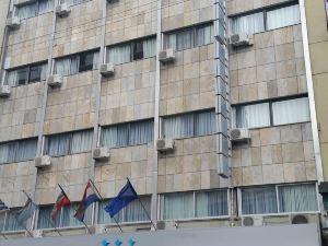 美國酒店(Hotel America)