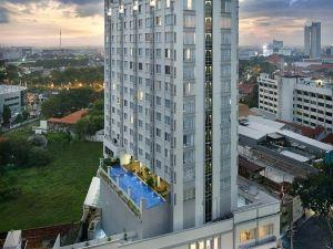 瑞士貝林泗水唐均蘇拉巴亞酒店