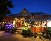 紅圖娜酒店
