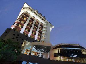 桑提卡三寶攏酒店(Hotel Santika Premiere Semarang)