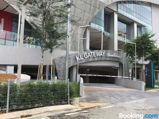 Bangsar South Homestay - Business Suite Near LRT