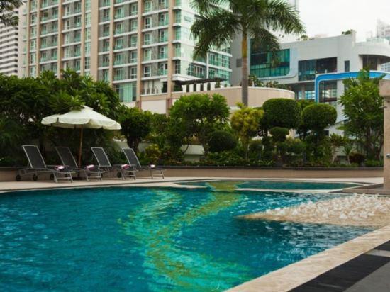 曼谷素坤逸11號美居酒店(Mercure Bangkok Sukhumvit 11)室外游泳池