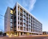 墨爾本381克里摩尼公寓
