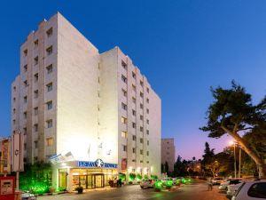 普瑞瑪羅亞爾綢酒店