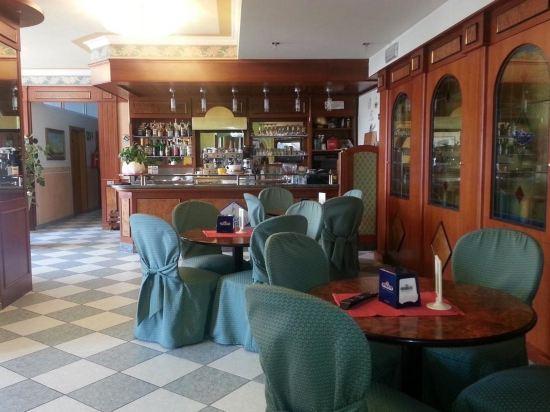 Garda Sol Apart-Hotel Beauty & Spa, Hotel reviews, Room rates and ...