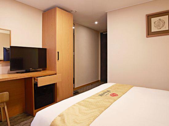 天空花園酒店明洞1號店(Hotel Skypark Myeongdong 1)標準大床房