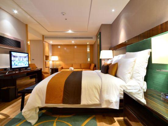 曼谷拉差阿帕森購物區萬麗酒店(Renaissance Bangkok Ratchaprasong Hotel)文藝復興套房