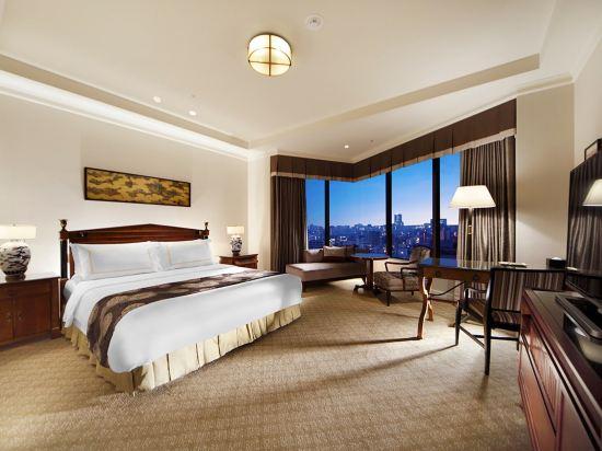 東京椿山莊大酒店(Hotel Chinzanso Tokyo)城景至尊特大床房