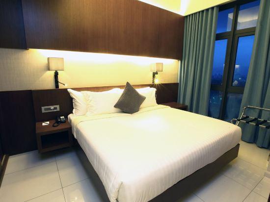 吉隆坡特里貝卡服務式套房酒店(Tribeca Hotel and Serviced Suites Kuala Lumpur)城景豪華兩卧套房