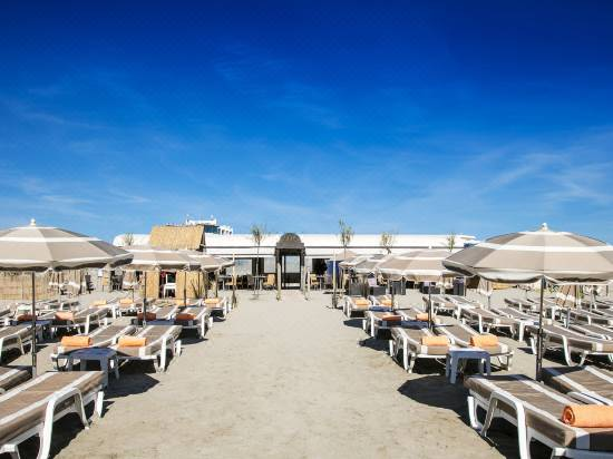 Hotel Spa Les Bains De Camargue By Thalazur Reviews For 4 Star
