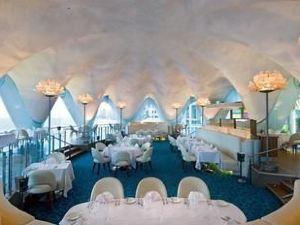 聖胡安孔查萬麗酒店(La Concha Renaissance San Juan Resort)