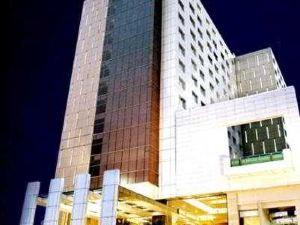 古瑪雅大廈酒店(Gumaya Tower Hotel)