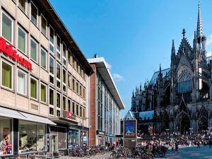 科隆杜姆宜必思酒店(Ibis Hotel Köln am Dom)
