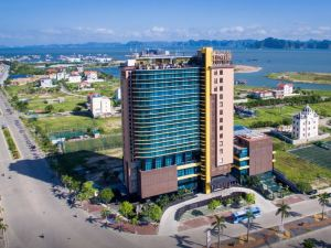 下龍灣皇家蓮花酒店(Royal Lotus Hotel Halong Bay)