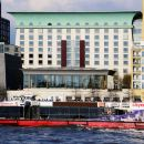 加那利濱江廣場酒店(Canary Riverside Plaza Hotel)