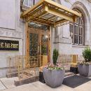 巴爾的摩廣場酒店(Baltimore Plaza Hotel)