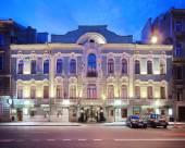 厄爾維西亞酒店