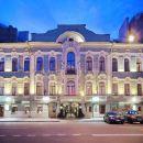 海爾維豪華酒店(Helvetia Deluxe Hotel)