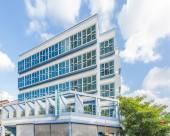 新加坡81酒店-雅麗 (Staycation Approved)