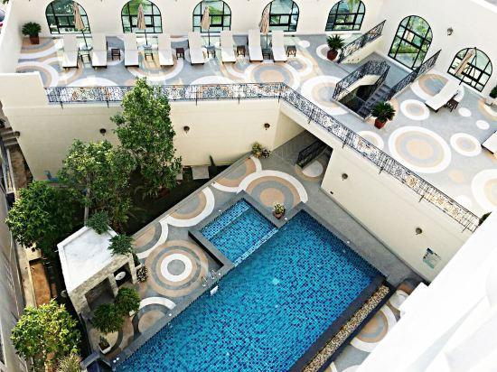 S.N.優佳酒店(SN Plus Hotel)室外游泳池