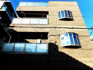 泰洛斯班晨旅館(Terrace House Bentencho)