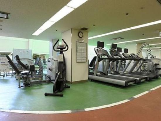 大阪麗嘉皇家酒店(Rihga Royal Hotel)健身房