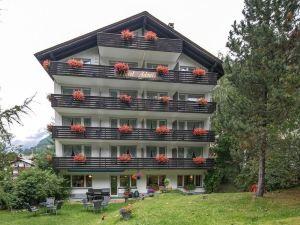 阿多尼斯酒店(Hotel Adonis)