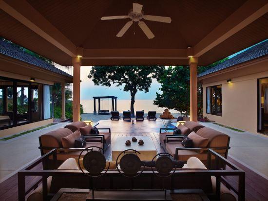 華欣莫維皮克阿薩拉水療及度假酒店(Mövenpick Asara Resort & Spa Hua Hin)室內游泳池