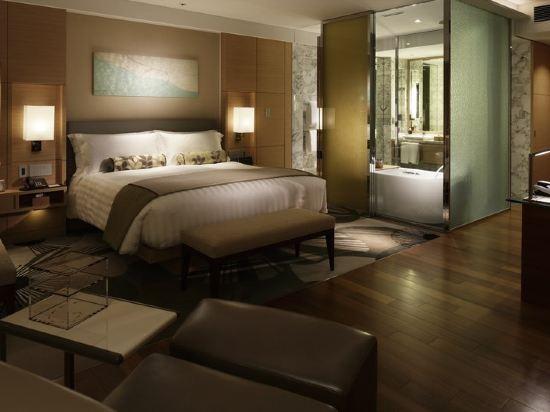 大阪洲際酒店(InterContinental Osaka)俱樂部特大床房