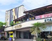 巴厘島艾裏登巴薩巴拉特特烏庫烏馬爾175號酒店