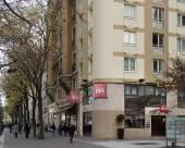 意大利第13巴黎大道宜必思酒店