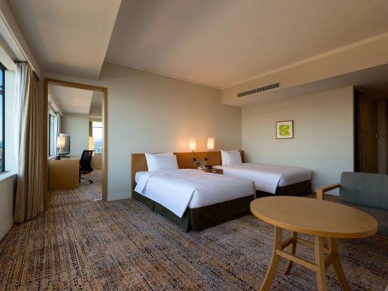 福岡海鷹希爾頓酒店(Hilton Fukuoka Sea Hawk)希爾頓高級豪華家庭房