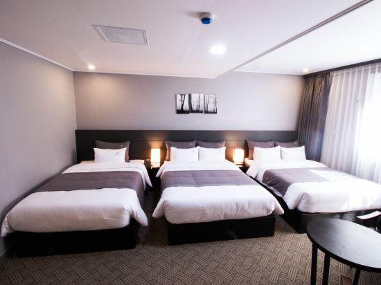 釜山B.Cent酒店(B.Cent Hotel Busan)家庭三人房
