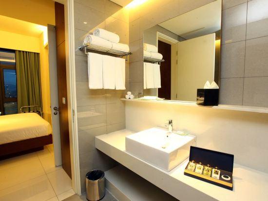 吉隆坡特里貝卡服務式套房酒店(Tribeca Hotel and Serviced Suites Kuala Lumpur)城景高級兩卧套房