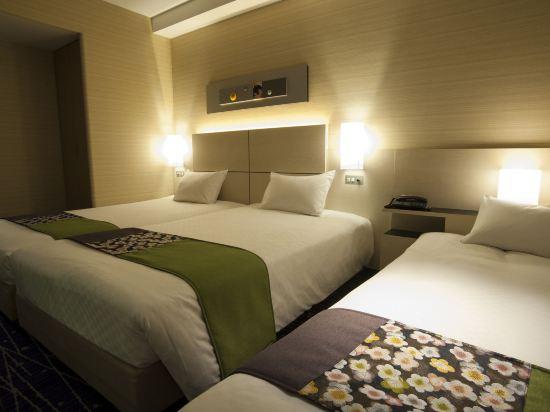 京都新阪急酒店(Hotel New Hankyu Kyoto)中等雙床間 - 帶沙發床