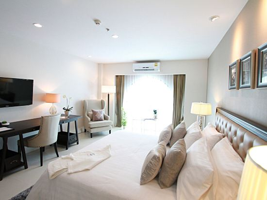 S.N.優佳酒店(SN Plus Hotel)池景小屋