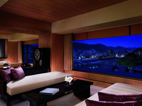 京都麗思卡爾頓酒店(The Ritz-Carlton Kyoto)榻榻米角落套房