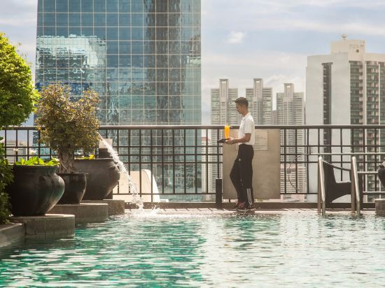 曼谷悅榕莊酒店(Banyan Tree Bangkok)室外游泳池