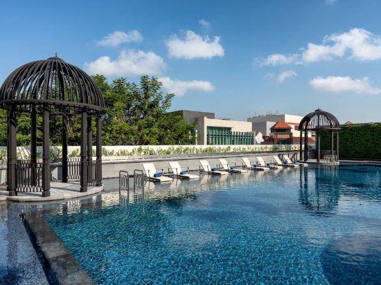 新加坡君樂皇府酒店(Grand Park City Hall Singapore)室外游泳池