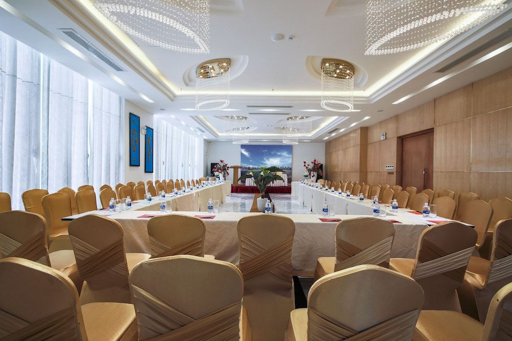TOP DANANG HOTELS FOR THE BEST GALA DINNER – YEAR END PARTY