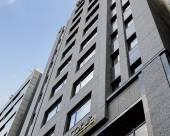 大阪梅田之心小窩酒店