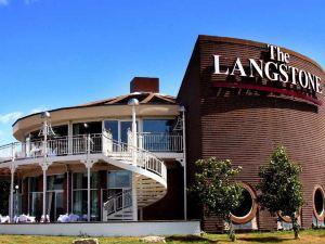 朗斯通酒店(Langstone Hotel)