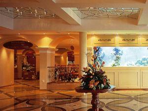 卡利比亞假日俱樂部酒店(Holiday Club Caribia)
