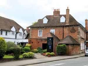 斯特拉福德麥克唐納天鵝巢酒店(Macdonald Swan's Nest Hotel Stratford-Upon-Avo)
