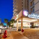 貝斯特韋斯特康達多帕姆客棧及套房(Best Western Plus Condado Palm Inn & Suites)