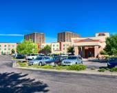 歡朋套房酒店及丹佛科技中心