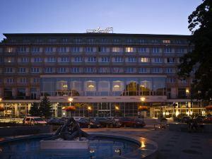 阿波羅布拉迪斯拉發大酒店(Apollo Hotel Bratislava)