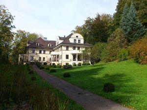 托斯卡納別墅酒店(Villa Toscana)